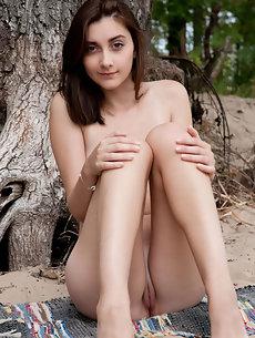 Nude Galleries